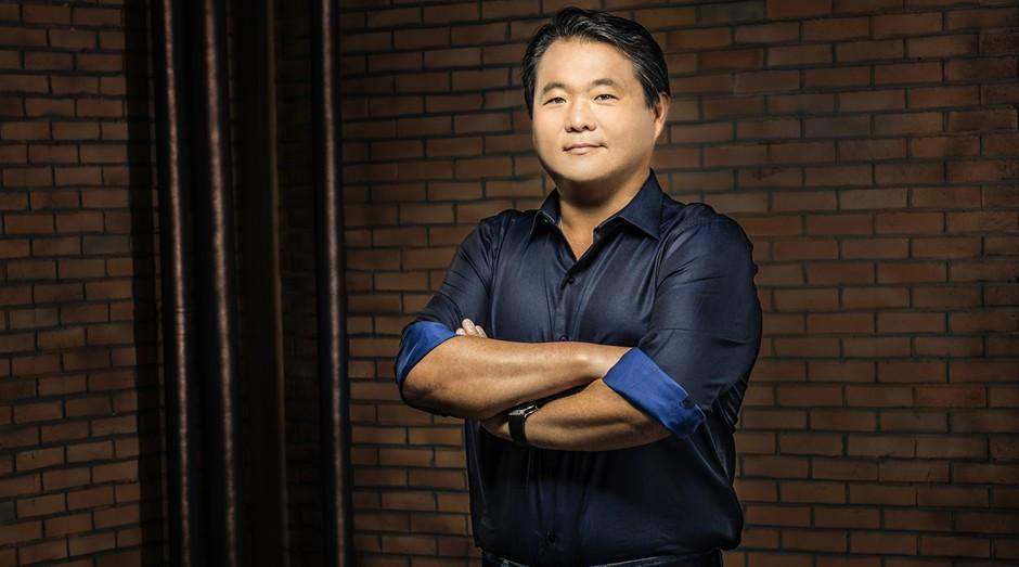 Empreendedores de sucesso: A história de superação de Robinson Shiba, fundador da China in Box